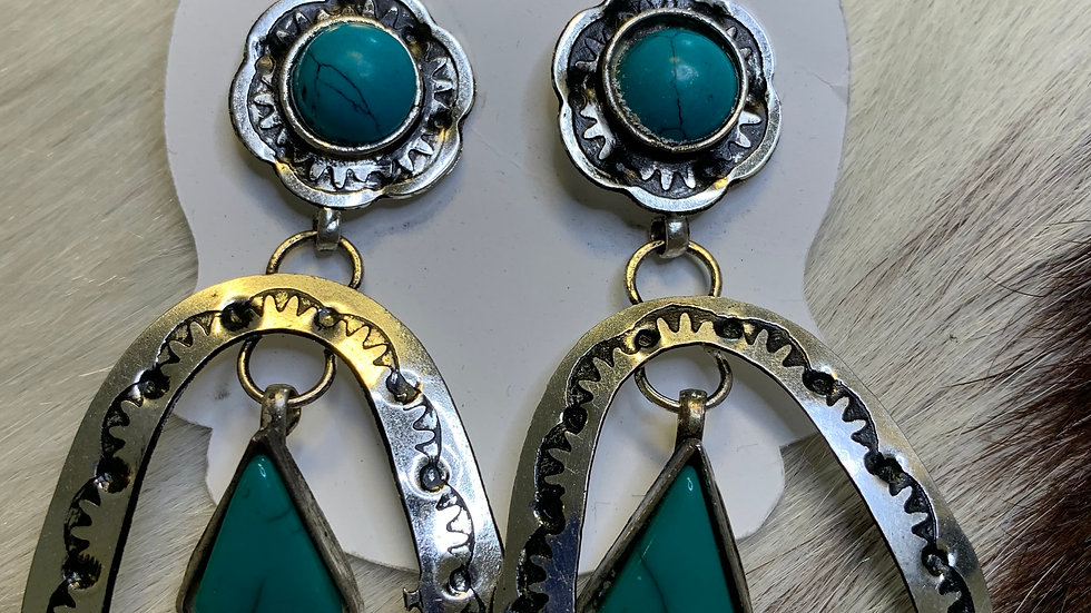 Southern Earrings w/Turquoise