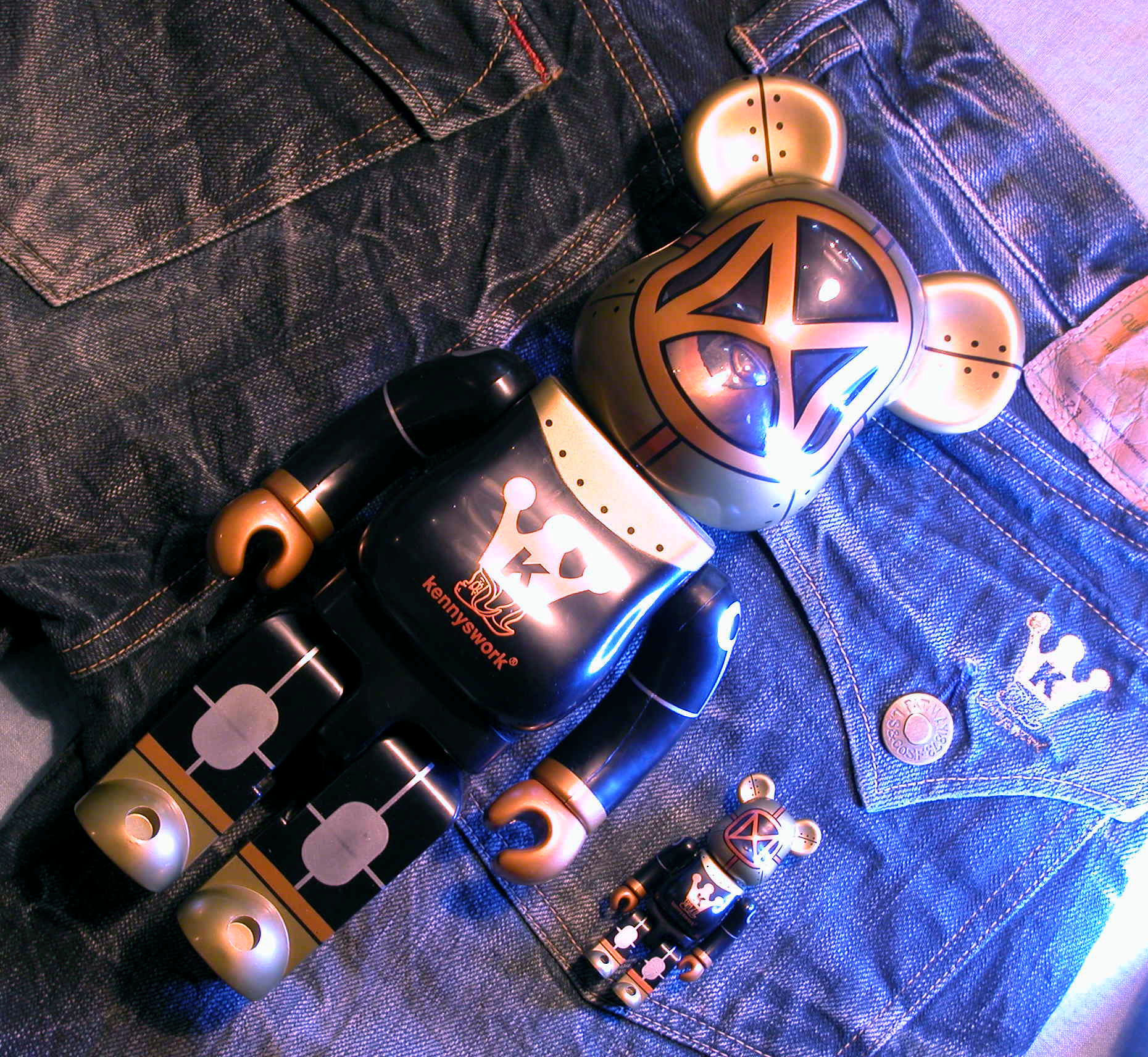 copperhead bearbrick and  jeans