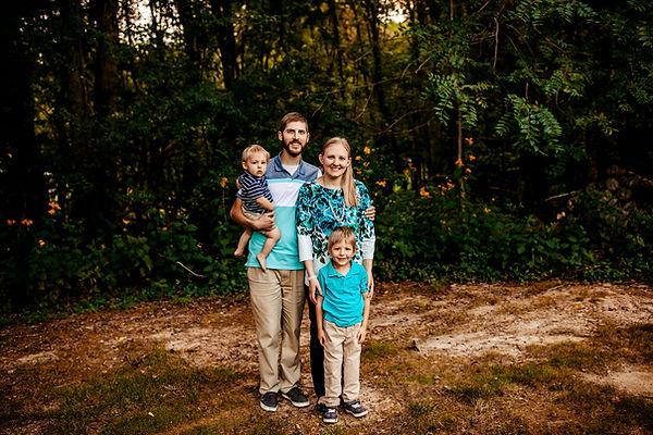 Pastor John & Cindy - Horizontal - Family.jpg