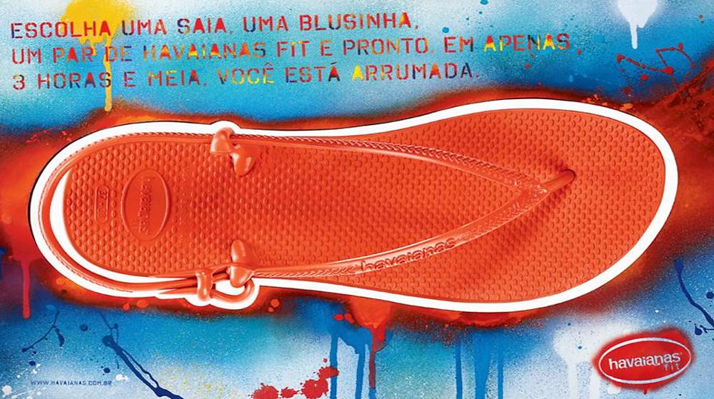 Foto de uma sandália de uma campanha publicitária das Havaianas.