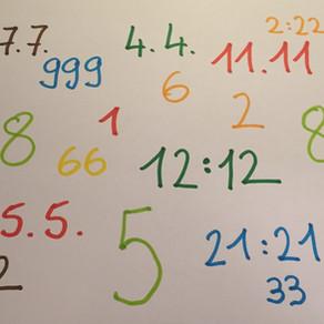 Was bedeutet es, wenn ich wiederkehrende Zahlenreihen sehe?