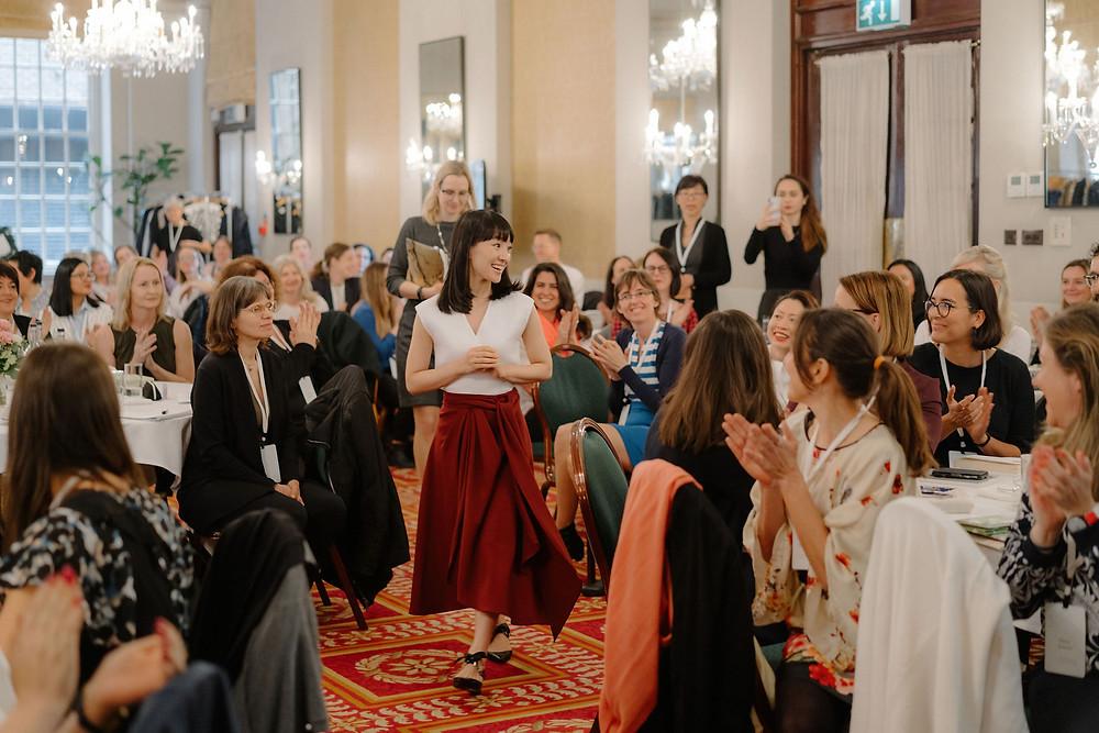 Marie Kondo ankommer KonMari seminar London