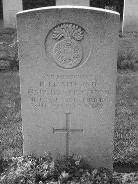 chrichton grave.jpg