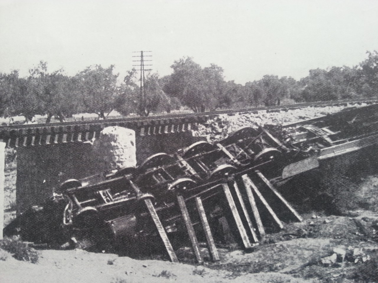 train wrecked in Palestine