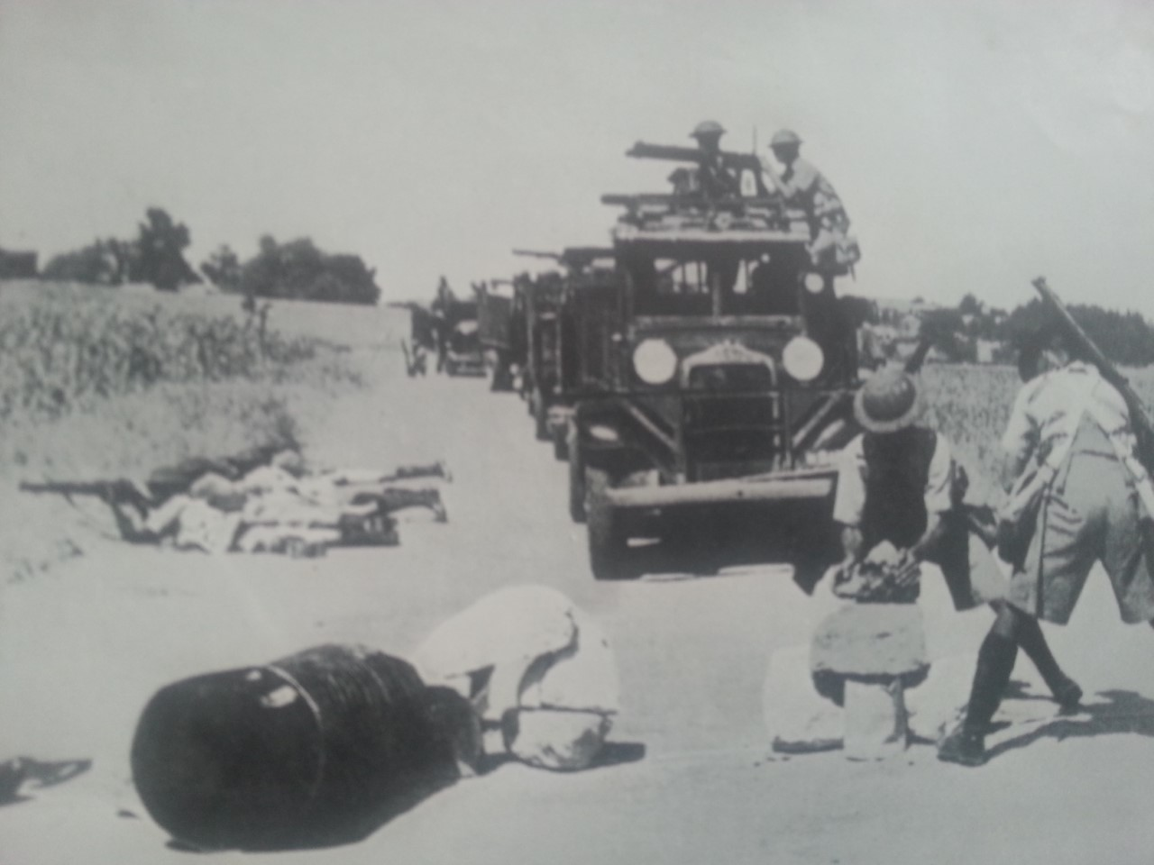 under attack from Arabs - palestine 1938
