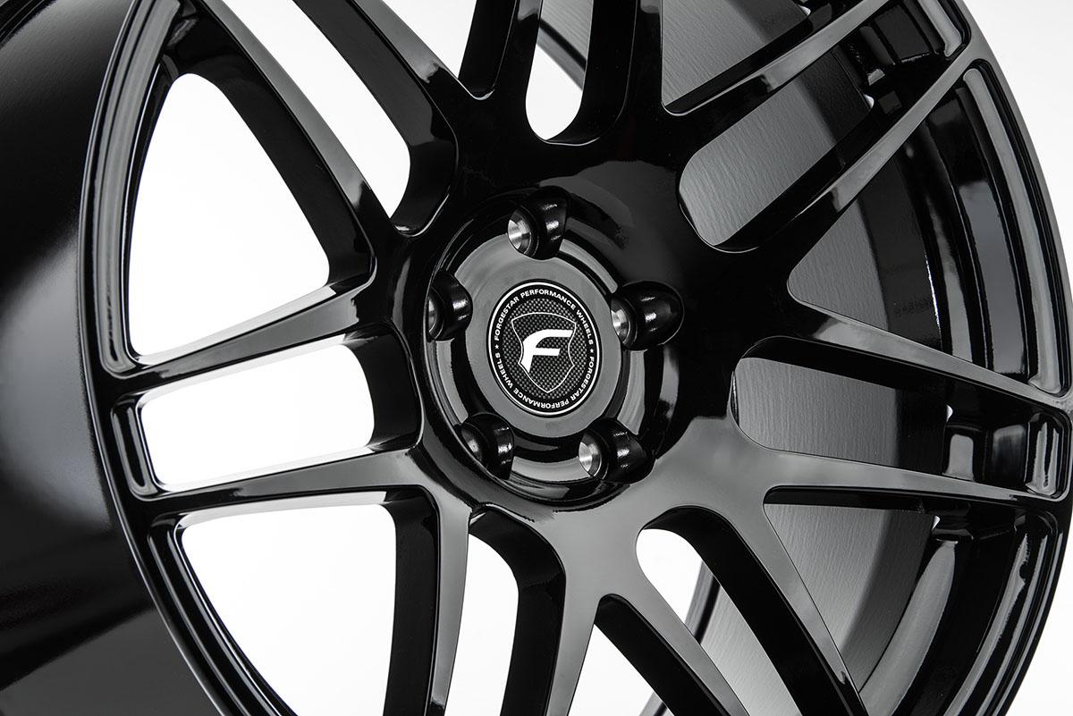 F14-19x9.5-Gloss-Black-4