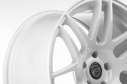 F14-19x9.5-Gloss-White-5