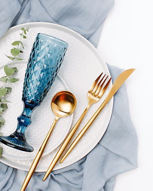 Tableware and decorations for serving a