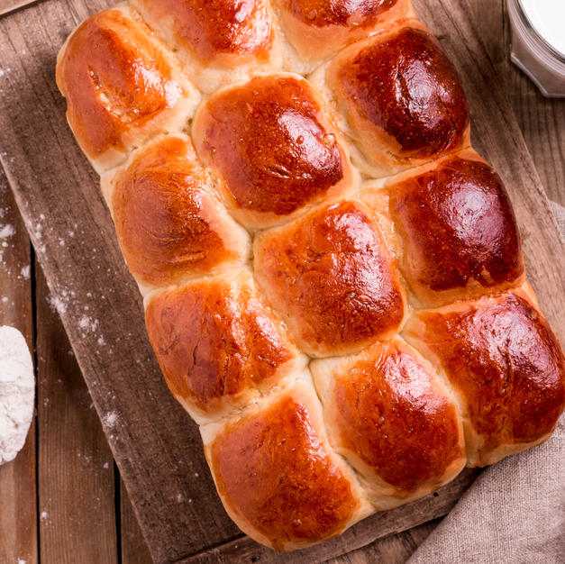 Old Fashioned Pull Apart Buns.