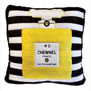Chewnel No.5 Bed