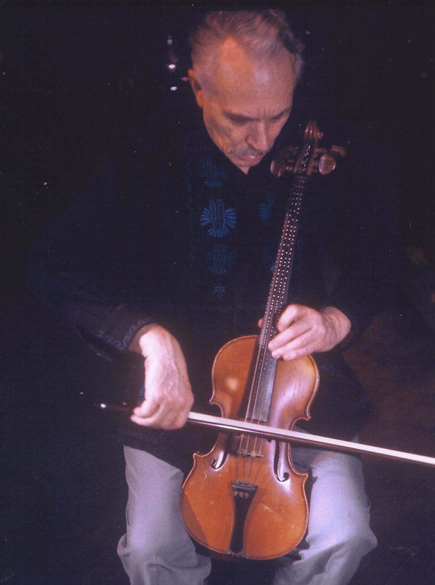 Harry Partch playing the Adapted Viola