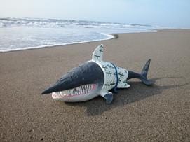 浴衣を着たサメ