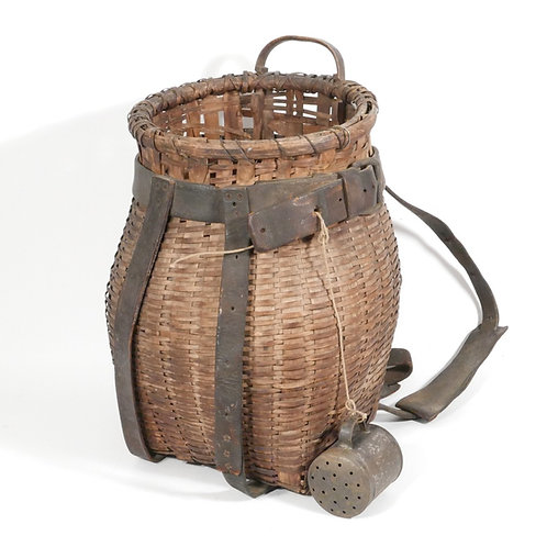 Early Adirondack Pack Basket