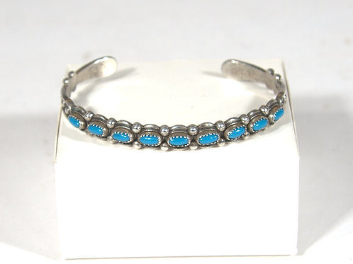 Navajo or Zuni Single Row Silver & Turquoise Bracelet