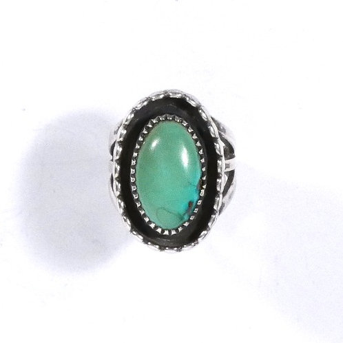 Old Pawn Navajo Oval Ladies Ring