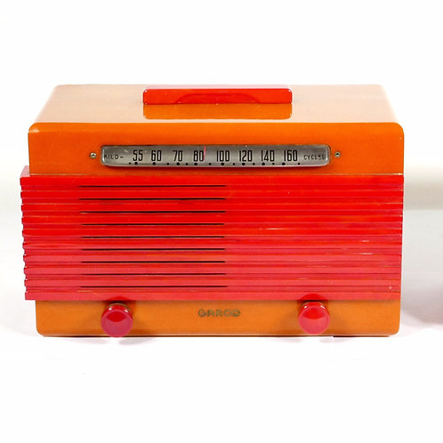 Garod Model 6AU1 Catalin/Bakelite Radio : Red on yellow
