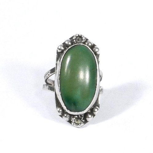 Vintage Navajo Silver Ring with Dark Green Oval Stone