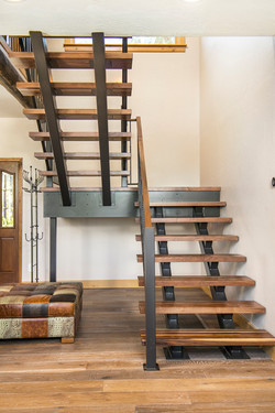 02_Staircase2 web