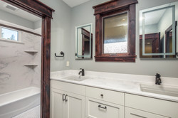 26_Guest Bathroomweb