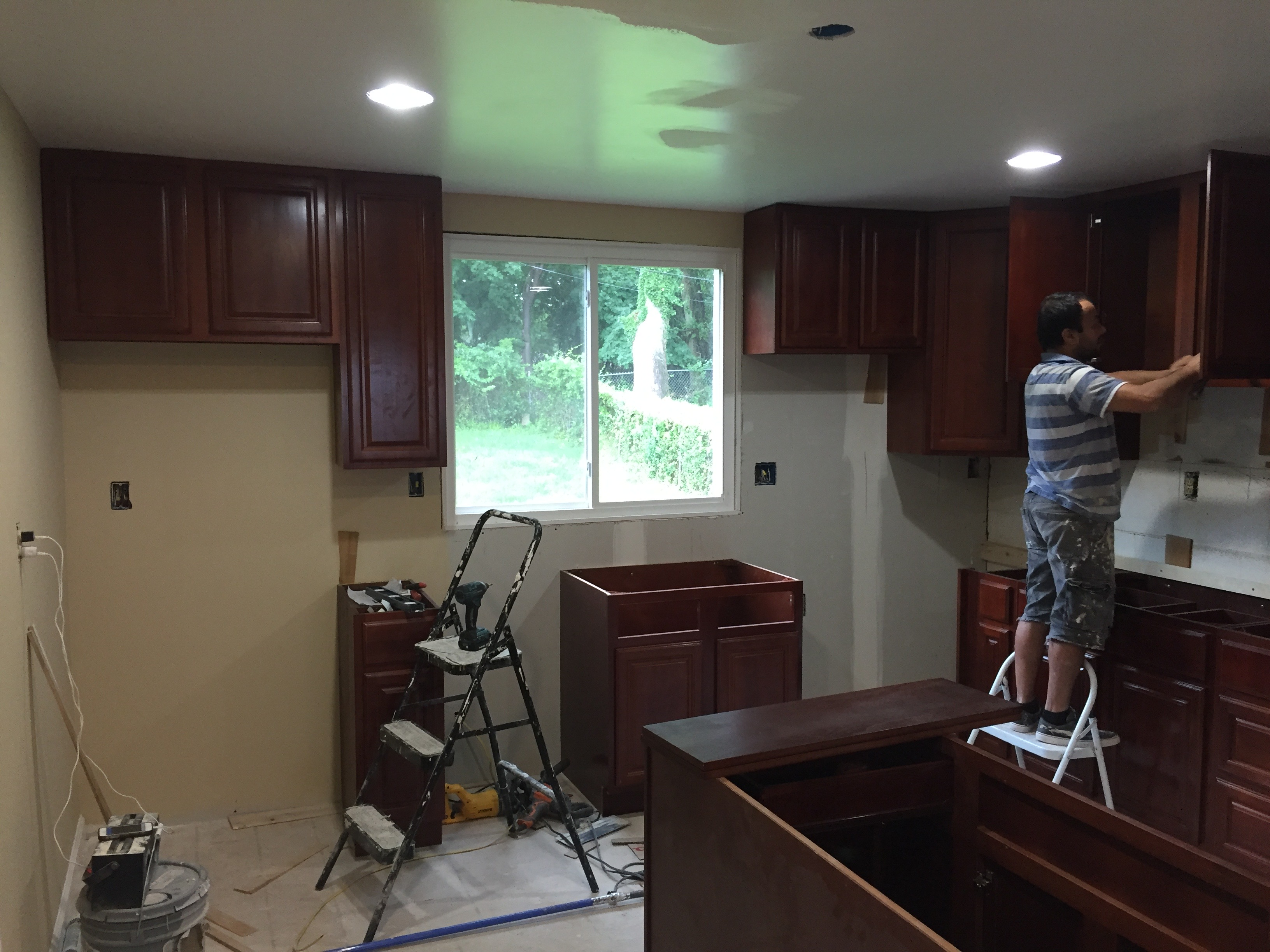Process of remodeling the kitchen