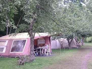 vouwwagen, kamperen, appelbomen, Frankrijk