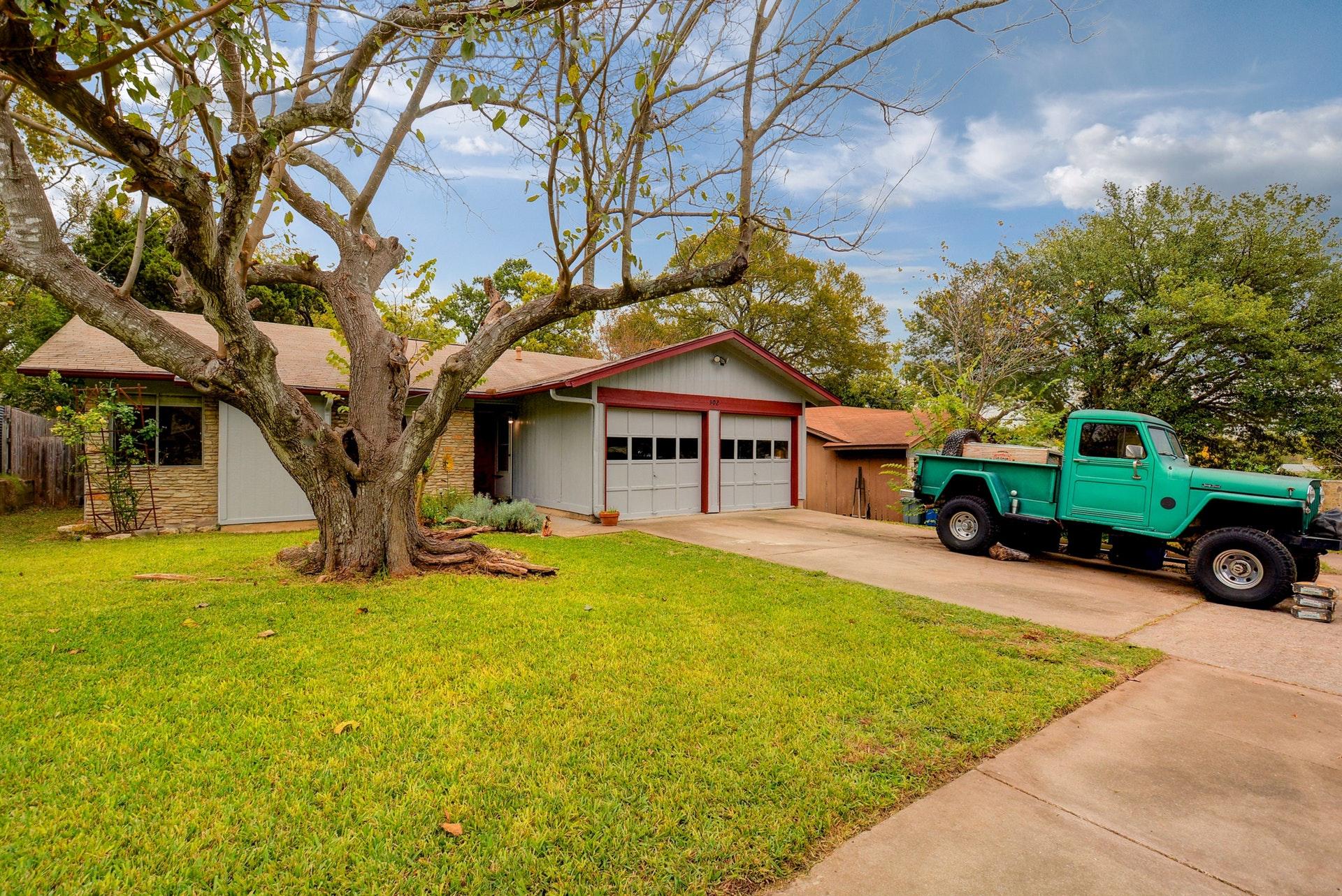 004-902 Bodark Lane Austin Texas 78745
