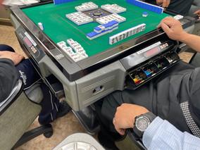 麻雀クラブ与次郎本店