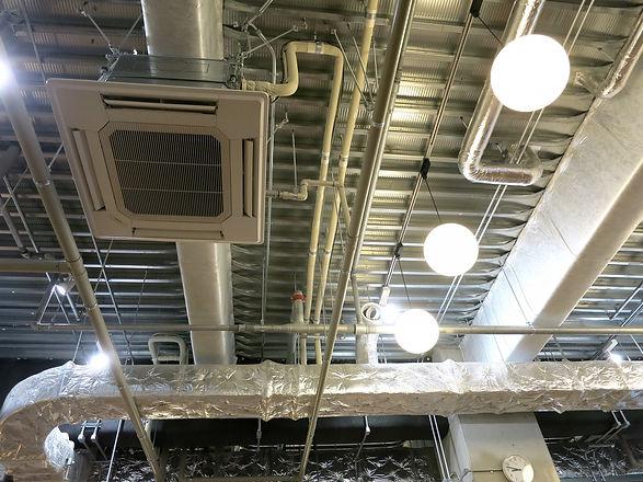 業務用空調の配管