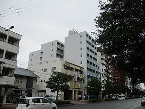 Fビル大規模施工前(横).JPG