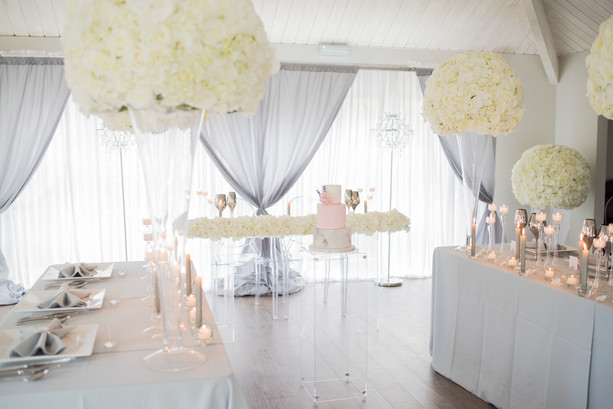 Modern Chic Grey & White Lavish Floral Package
