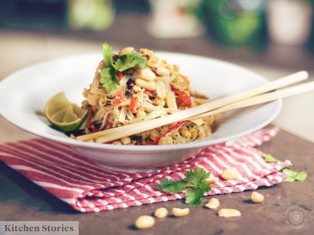 Mì xào kiểu Thái - Pad Thái - ave.tips