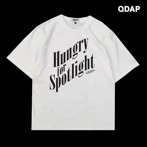 "WHITE ""HUNGRY FOR SPOTLIGHT"" TEE / เสื้อยืด แขนสั้น สีขาว ลายหิวแสง"