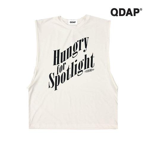 "WHITE ""HUNGRY FOR SPOTLIGHT"" TANK / เสื้อยืด แขนกุด สีขาว ลายหิวแสง"