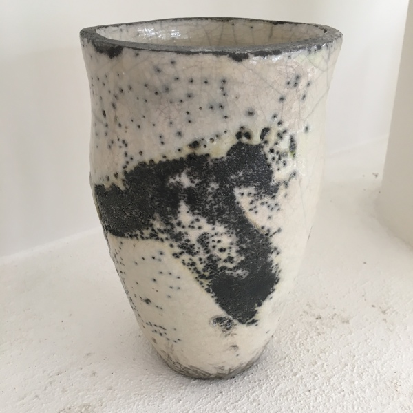VESSEL RAKU WHITE CRACKLE