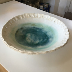 SHALLOW BOWL WITH TURQUOISE