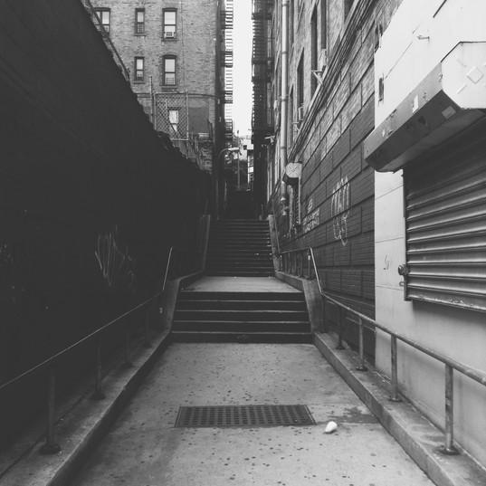 New York alley.JPG