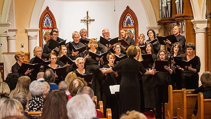 Chamber Singers 3919W1.jpg