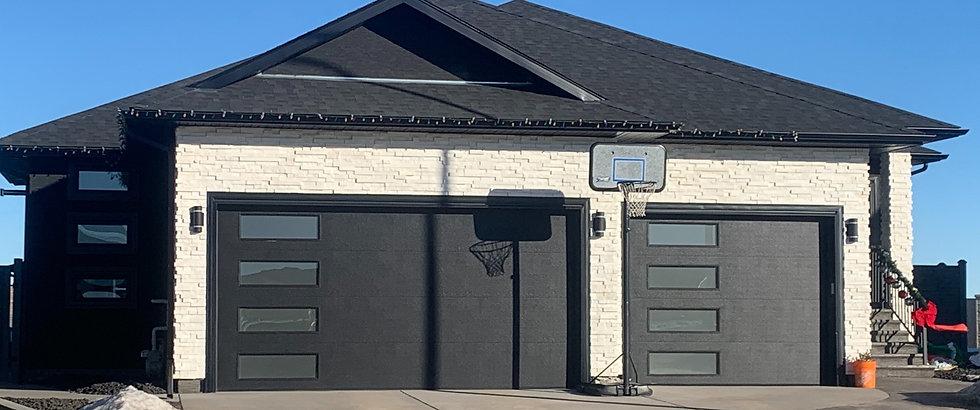 Black Garage with Basketball