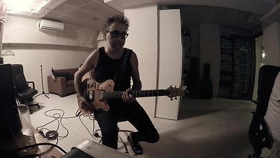 """Solo Hard Rock. Grabado en el estudio para el disco de Rocking Horse """"El cielo es el infierno"""""""