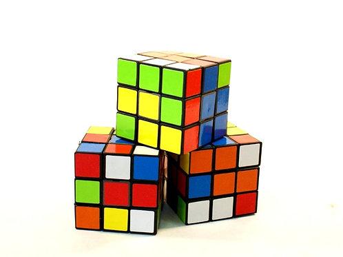 Trio de Cubos Mágicos