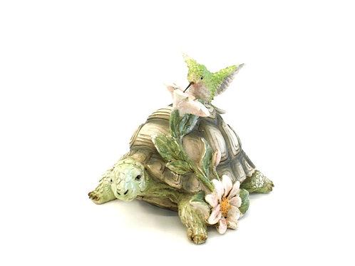 Tartaruga com Beija Flor