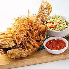 453 Deep Fried Fish w/ Lemongrass with Green Mango Salad