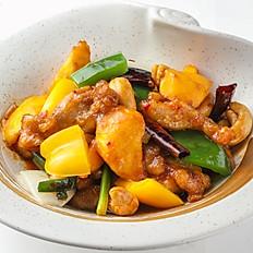 405 Stir-fried Chicken with Cashew Nut