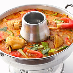 400 Stewed Chicken on Stove w/ Tom Yum Soup