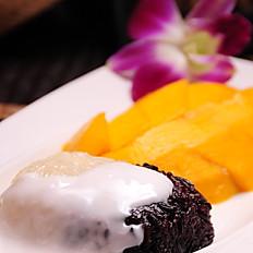 600 Mango with Sticky Rice & Coconut Milk