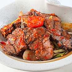 256 Grill Beef Spicy Salad