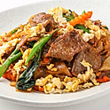 559 Fried Flat Noodle w/ Chicken, Beef or Pork