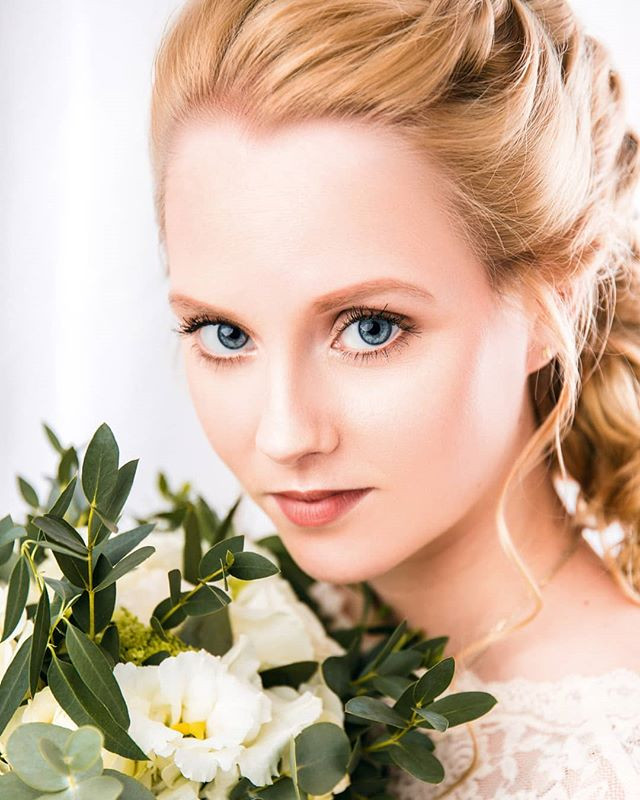 Bridal Shooting. 💐__Photographer_ _stud