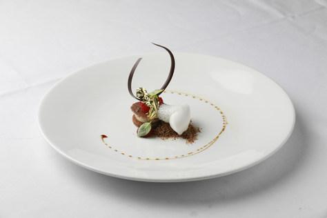 Hidde de Brabander - Crème van witte chocolade en roos | Framboos | Limoen | Sorbet van cacaojuice