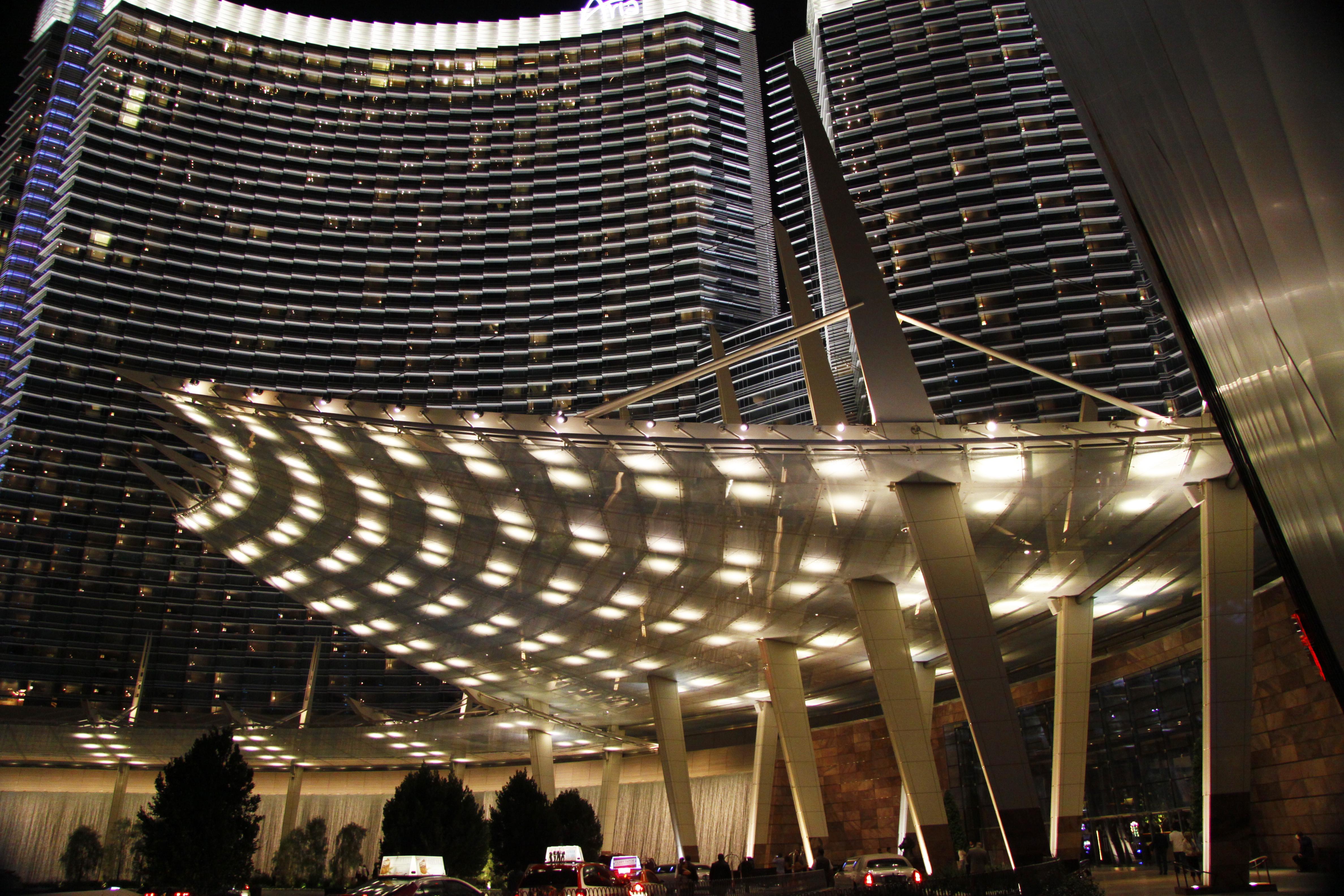 VegasGlow.jpg
